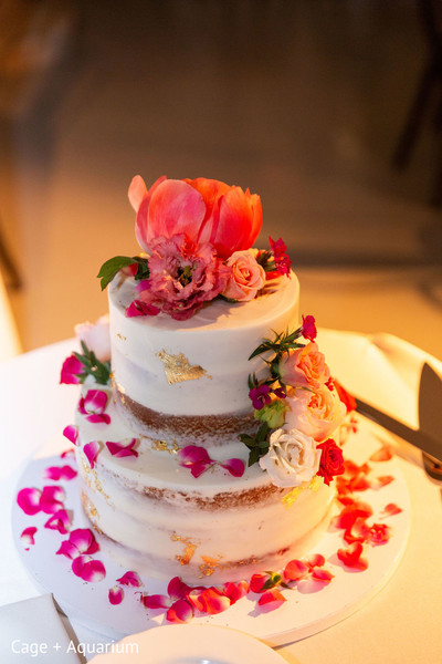 Take a look at this delightful wedding cake.