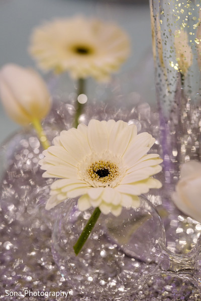 Graceful floral centerpiece photography
