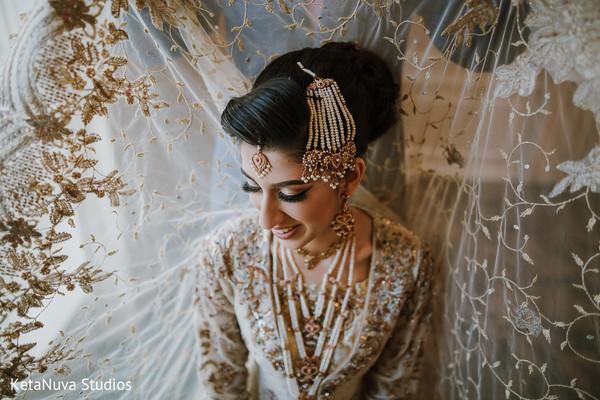 Gorgeous Indian bride.