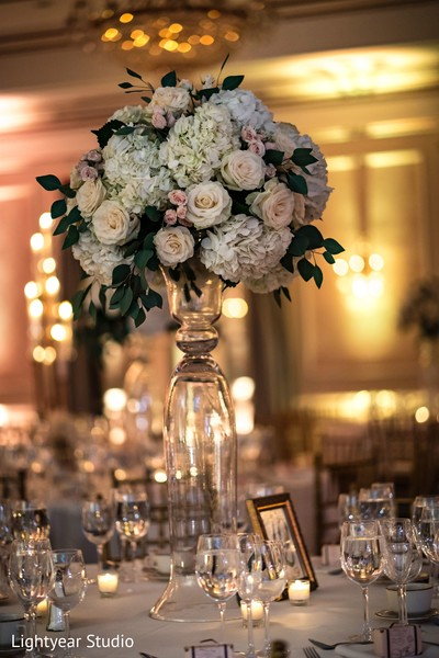 Perfect indian wedding reception floral decor