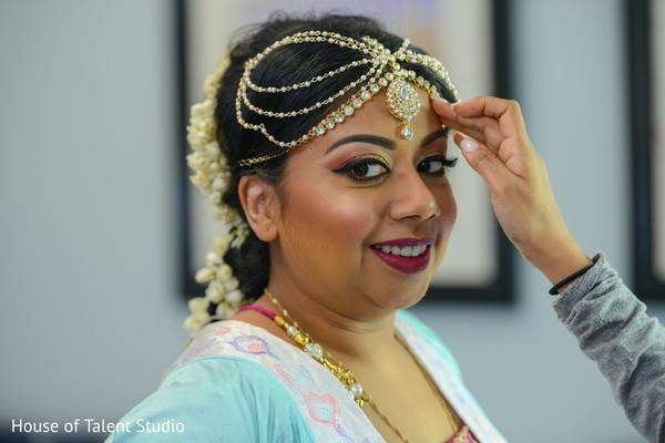 Maharani wearing the tikka.