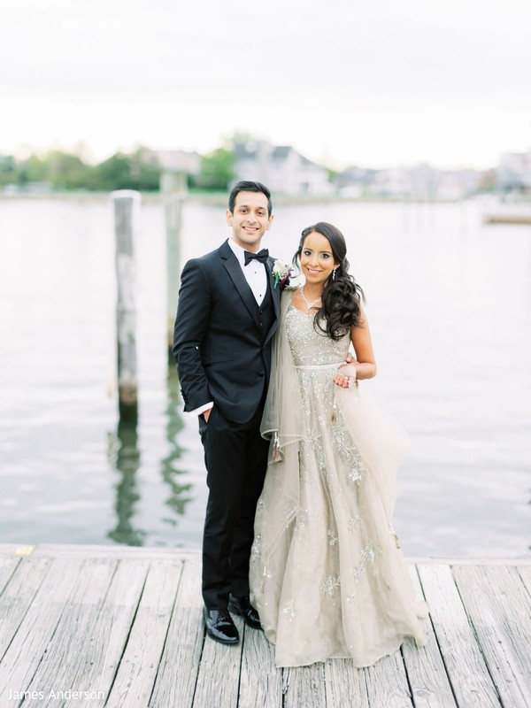 Gorgeous indian bride and groom on their recept.