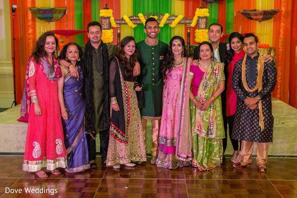 What a beautiful Indian family.