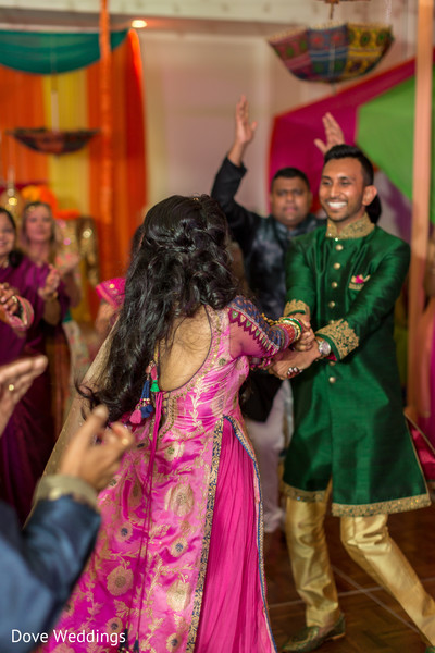 Its time for our Indian couple to dance.