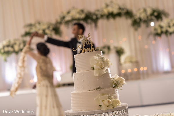 Great photo shoot of our Indian couple and their wedding cake.