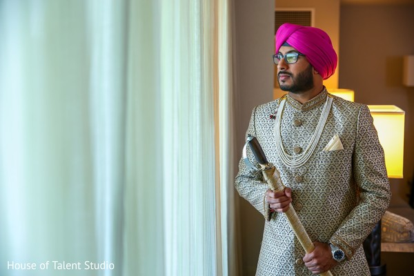 Impressive Indian groom on his ceremony outfit.