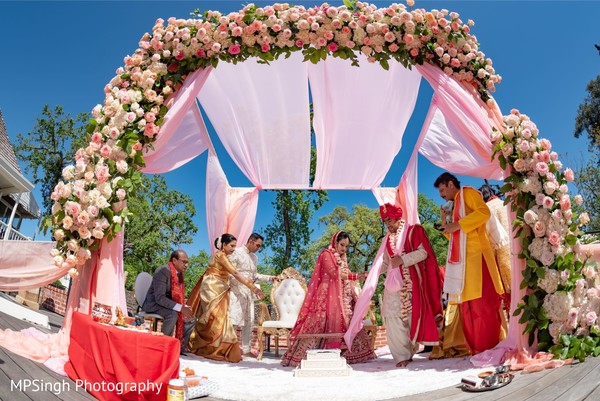 Floral arrangement of the mandap.
