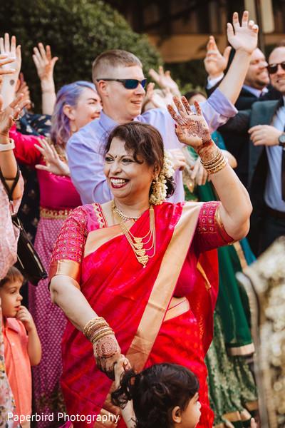 Sensational indian groom's baraat celebration.