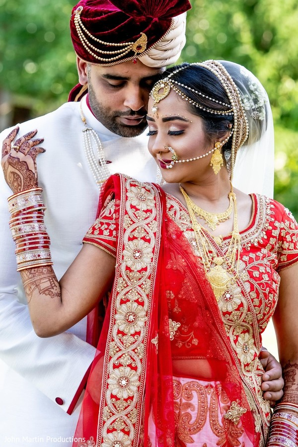 Such a lovely Indian couple.