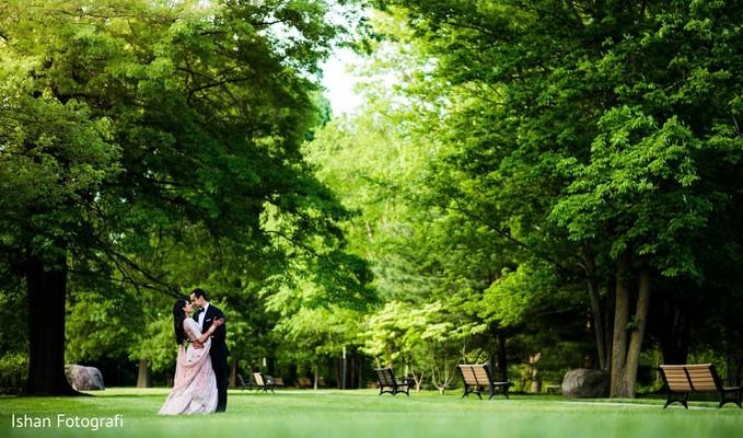 Marvelous outdoor indian wedding photo shoot