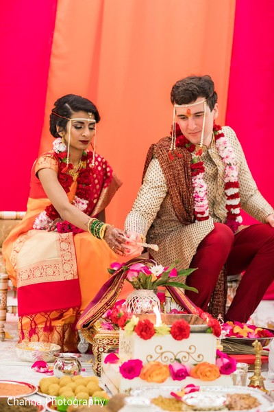 Traditional Indian bride and groom's wedding ceremony.