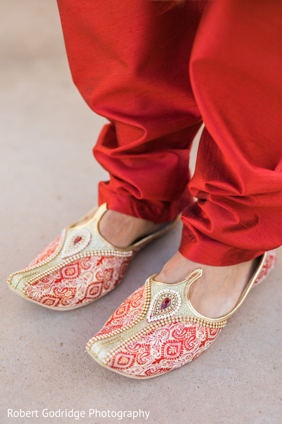 See this spectacular indian groom shoes