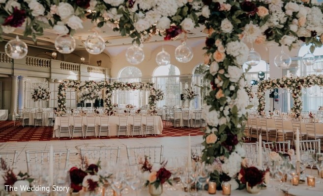 Magnificent Indian wedding flowers decorations.