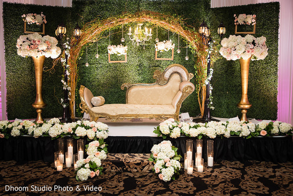 Fabulous Indian wedding reception stage decor.