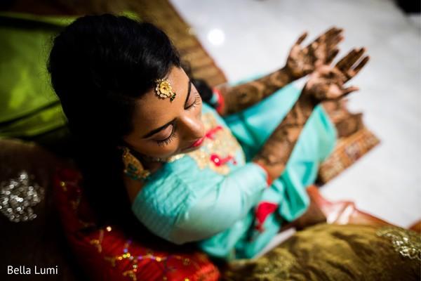 Indian bride mehndi session