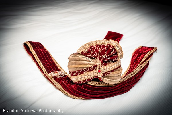 Majestic Indian groom's accessories.