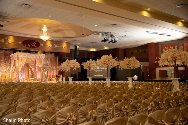 Magnificent Indian wedding ceremony decoration.