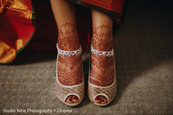 Impressive indian wedding mehndi art