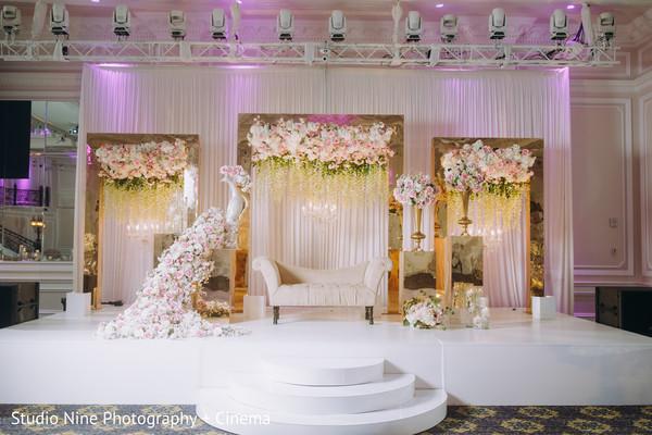 Impressive Indian wedding stage decorations.