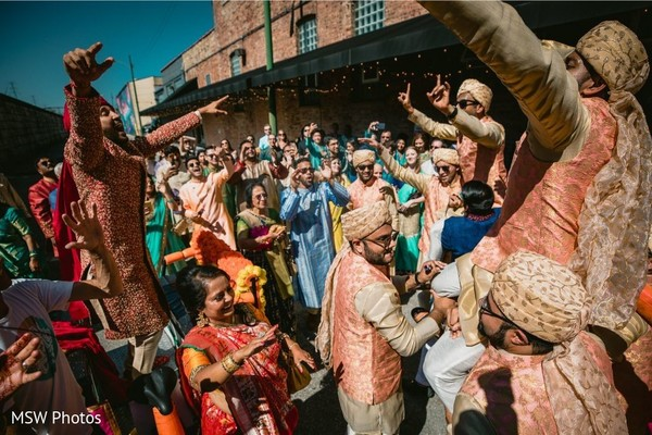 Amazing Indian grooms baraat procession.
