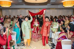 Impressive Indian bridal ceremony entrance.