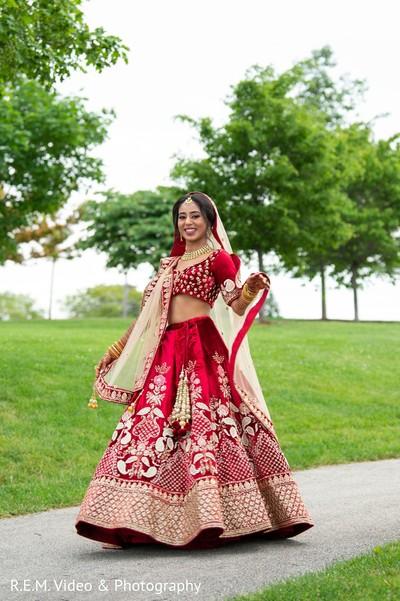 Enchanting Indian bride on her way to meet her groom.