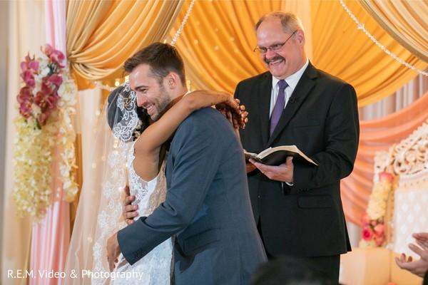 Outstanding indian wedding christian ceremony capture.