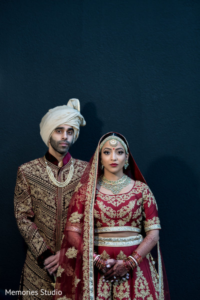 See this unique bride and groom portrait