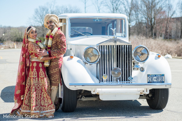 Astonishing indian bride and groom outdoor photography