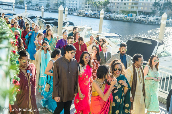Look at all those people in the baraat.