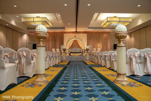 Stunning Indian ceremony wedding aisle