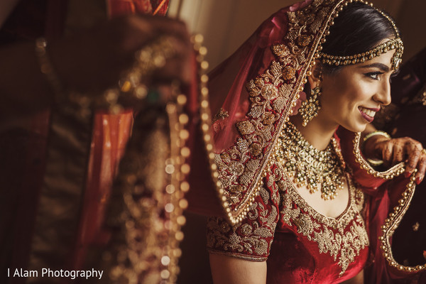 Gorgeous Maharani getting ready for the Indian wedding.