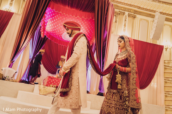 Gorgeous moments of the Indian wedding bash.