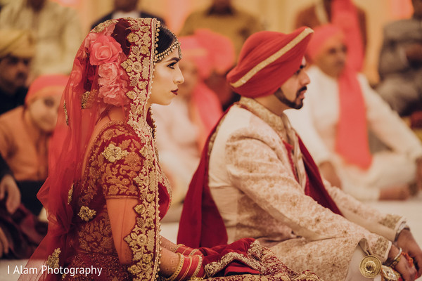 Gorgeous Indian bride and Raja during the union.