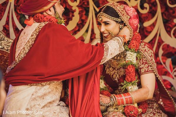 Gorgeous Maharani reacting to Raja's garland.
