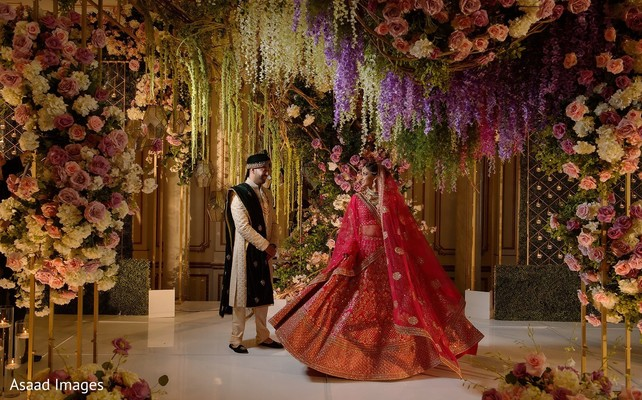 Amazing Indian bride and groom photography.