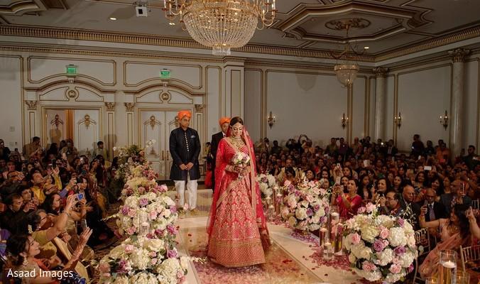 Lovely Maharani walking down the aisle.