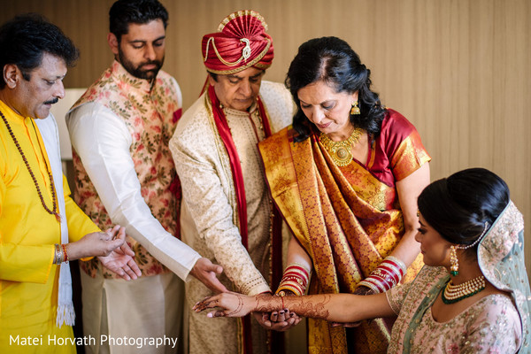 Amazing picture of our Maharani and her family.