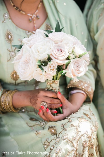 Indian bridesmaids roses bouquet.