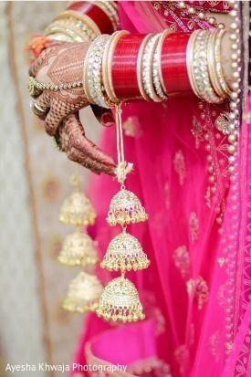 Maharani's wedding ceremony hands jewelry.