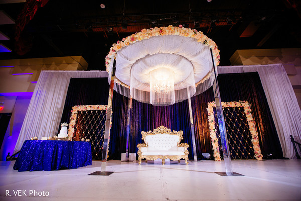 Indian wedding reception decor ideas.