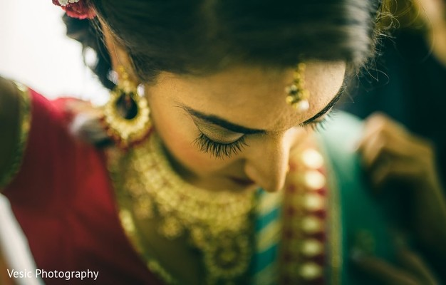 Maharani's jewelry, hair and makeup ready for the ceremony