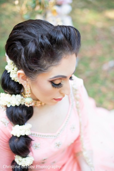 Indian bride's earrings and jewelry design.