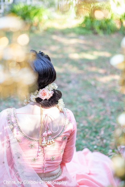 Indian bride's hair arrangement design.