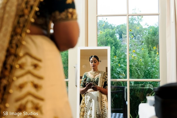 Indian bride getting ready capture.
