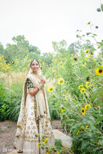 Indian bride outdoors photo session.