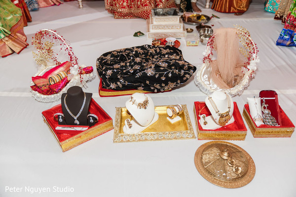 Jewelry and accessories worn by the indian couple.