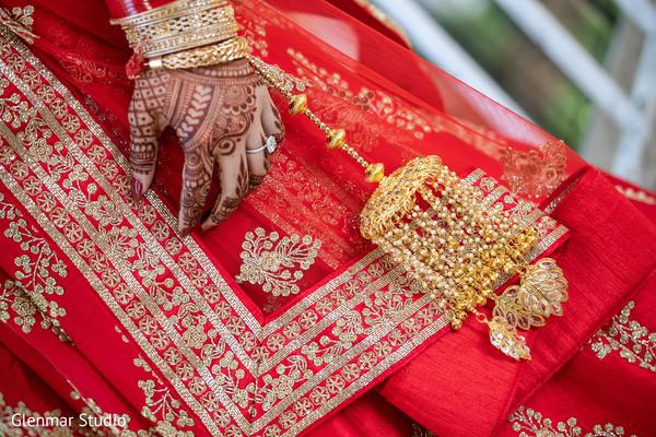 Maharani's mehndi and jewelry design details.