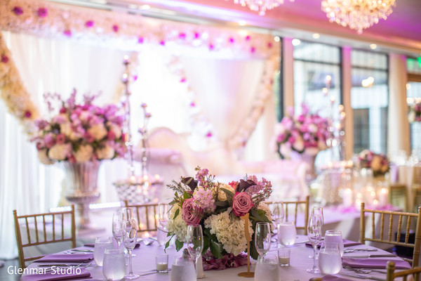 Table decor ideas for the Indian wedding reception.