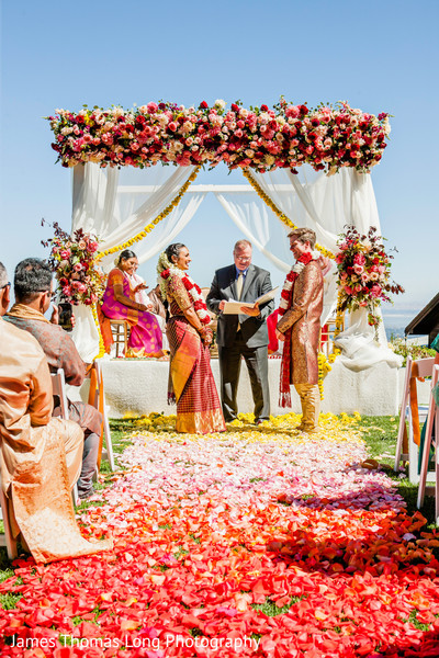 Mandap decor ideas for the Indian wedding.